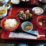 2016秋 食を巡る鎌倉散歩 その一:北鎌倉駅から鉢の木cafeへ