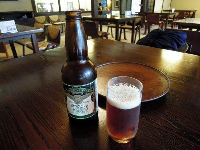 地ビールの鎌倉ビール<月>で喉をうるおす