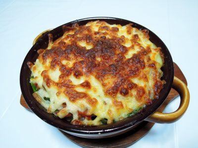 残りもので作ったポテトとほうれん草のチーズ焼き