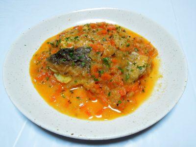 野菜のうま味もでたタラのトマト煮
