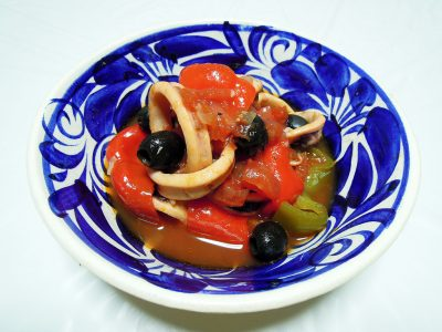 スルメイカとピーマンのトマト煮