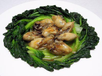タアサイと牡蠣の炒め煮