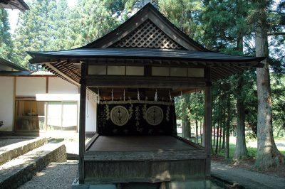 早池峰神社にある早池峰神楽の舞台