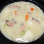 京都の地酒、玉川 自然仕込 山廃純米 山田錦 無濾過生原酒の熱燗で玉川の酒粕を使った鮭の粕鍋をいただく