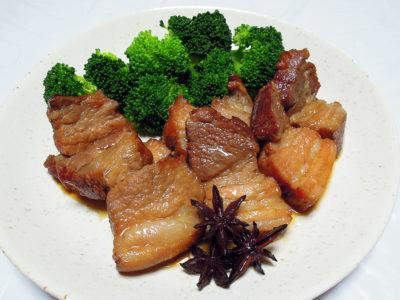 豚ばら肉の煮込み 八角風味