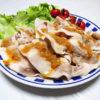 広島の地酒、華鳩 特別純米 華colombe ブルーラベルでたらことしらたきのさんしょう炒り煮や豚しゃぶのごまさんしょうソースをいただく