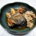 神奈川の地酒、昇龍蓬莱 特別純米の燗でどんこの煮つけをいただく