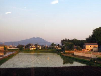 帰りの電車から見た筑波山
