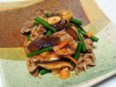 牛薄切り肉のキムチ炒め