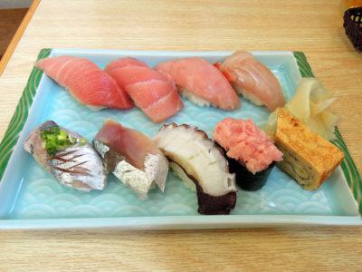 紀の代のランチでいただいた地魚寿司