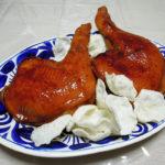 兵庫の地酒、奥播磨 純米 おりがらみ 生と香川の地酒、悦凱陣 山廃純米 無濾過生 赤磐雄町の熱燗で鶏ささみとセロリの煮込みやはかた一番どりを使ったもも肉の照り焼きをいただく