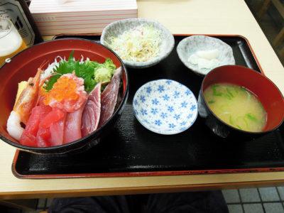 もみじやの海鮮丼