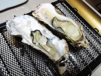 4個は焼き牡蠣で