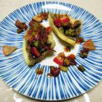 最近お気に入りのレシピ集『スゴイ魚料理』を参考にして、いぼだいのフリットや〆さば、ほうぼうのアクアパッツァなどをつくってみる