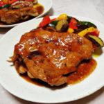 愛知の地酒、長珍 純米 亀ノ尾65 無濾過生原酒 H30BYの熱燗で鶏もも肉のイタリアン風照り焼き 夏野菜のマリネ添えをいただく