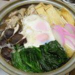 奈良の地酒、春鹿 青之鬼斬 生酛純米 超辛口 生原酒 H30BYの燗でそら豆のうま煮や水炊きの残りの鶏がらスープを使った鍋焼きうどんをいただく