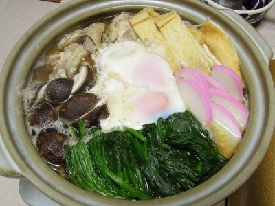 水炊きで残った鶏がらスープでつくった鍋焼きうどん