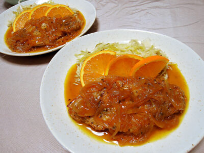 豚ロースの煮込み オレンジソースと自家製ザワークラウト
