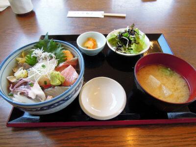 佐島かねきの地魚丼